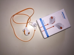 IMG_9538Bluetooth earbuds http://runwright.net